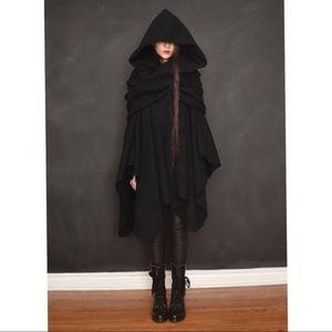 Nuit Clothing Atelier Mythic wool cape